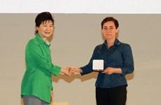 Nhà toán học Iran là người phụ nữ đầu tiên nhận giải Fields
