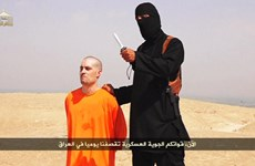 """Vạch mặt """"Jihad John"""" xuất hiện trong các đoạn video cắt đầu"""