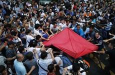 Trưởng Đặc khu Hong Kong ra lời kêu gọi khẩn cấp sau vụ ẩu đả