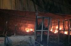 [Video] Cháy lớn ở Nam Trung Yên, gây thiệt hại nhiều về tài sản
