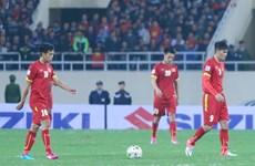 Chuyện mạng tuần qua: Đừng khóc cho đội tuyển Việt Nam