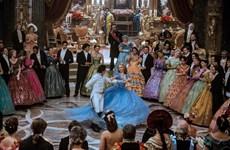"""""""Cinderella"""": Hãy dũng cảm và nhân hậu, cái tốt luôn hiện hữu"""
