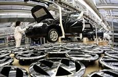 Robot giết công nhân ở nhà máy VW, dân mạng cầu cứu Sarah Connor