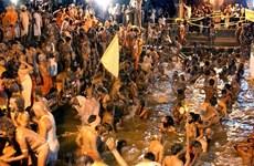 Ấn Độ: 27 người chết vì giẫm đạp để được tắm sông thiêng