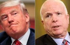 Tỷ phú Donald Trump có thể mất điểm do công kích John McCain
