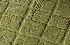 Bảng chữ đá cổ từ thế kỷ thứ 7 hé lộ bí ẩn về nền văn minh Maya