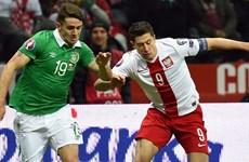 """""""Siêu tiền đạo"""" Lewandowski lại lập kỷ lục ở vòng loại EURO"""