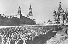 [Photo] Cuộc diễu binh huyền thoại của Hồng quân năm 1941