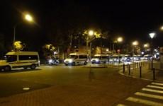 Pháp mở chiến dịch trấn áp, bắt hàng loạt nghi phạm trên cả nước