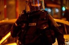 """Lại xảy ra đấu súng giữa cảnh sát với """"khủng bố"""" ở Paris"""