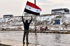 Người dân Aleppo đổ ra đường ăn mừng thành phố được giải phóng