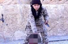 Vì sao IS tích cực đăng cảnh chiến binh nhí chặt đầu con tin?