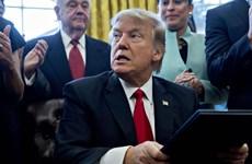Thái độ của ông Trump với Nga khiến chính trường Mỹ dậy sóng