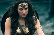 """Wonder Woman: Nữ thần chiến binh cứu vãn """"vũ trụ anh hùng DC"""""""