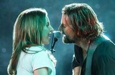Lady Gaga gây bất ngờ khi cùng Bradley Cooper tái hợp trên sân khấu