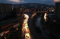 'Hơn 300 người bị bắt trong các vụ bạo loạn tại Venezuela'