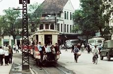 Hà Nội xưa quen mà lạ qua ống kính của nhiếp ảnh gia người Đức