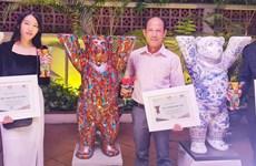 Trưng bày những chú gấu biểu tượng cho mối quan hệ Đức-Việt Nam