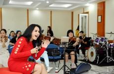'Con đường âm nhạc' trở lại: Thanh Lam hòa giọng cùng con rể