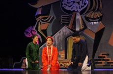 100 năm kịch nói Việt Nam: Làm cách nào để sân khấu lại sáng đèn?