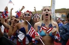 Những nữ cổ động viên xinh đẹp và quyến rũ tại World Cup 2014