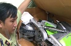 Hà Nội tạm giữ lô xe đạp điện và ắcquy có dấu hiệu nhập lậu