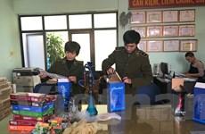 Quản lý thị trường Hà Nội thu nhiều hương liệu hút Shisa, bóng cười