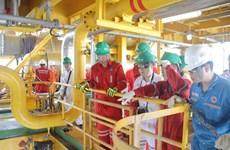 Đón xuân sớm trên những giàn khoan và công trình dầu khí biển