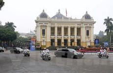 Cận cảnh đoàn xe của Chủ tịch Kim Jong-un trên đường Hà Nội
