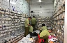 Thu giữ gần 3.000 sản phẩm giả thương hiệu nổi tiếng tại chợ Ninh Hiệp