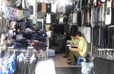 Tiếp tục thu hàng nghìn sản phẩm nghi giả nhãn hiệu tại Ninh Hiệp