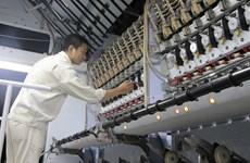 Nhà máy xơ sợi tổng hợp Việt Nam sẵn sàng vượt thách thức