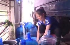 Kinh hãi sản xuất nước uống đóng bình từ mương nước thải sinh hoạt