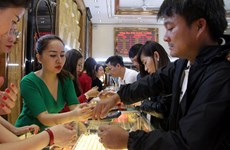 Giá vàng trong nước tăng nhẹ, dao động quanh ngưỡng 56,4 triệu đồng