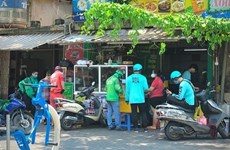 Yêu cầu tuân thủ các quy định vận chuyển hàng hóa bằng xe hai bánh