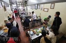 Hà Nội: Mở lại nhà hàng, dịch vụ ăn uống tại chỗ từ 6 giờ ngày 14/10