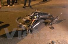 Lái xe ba bánh bỏ đi sau tai nạn nghiêm trọng, 1 người bị thương nặng