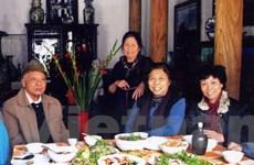 Tới thăm biệt thự cổ trăm năm, ăn bữa cơm thuần nếp Việt
