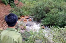 Bài 4: Hệ lụy kép từ vụ để rò rỉ hóa chất ra suối thượng nguồn