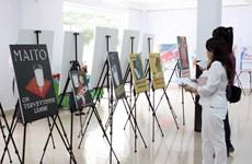 Triển lãm nghệ thuật tranh ápphích Phần Lan tại Đắk Lắk