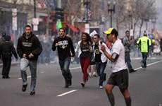 Theo dõi tin tức khủng bố gây sốc mạnh hơn trải nghiệm