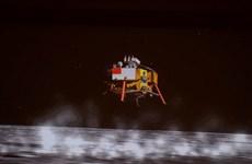 Trung Quốc đã triển khai xe tự hành đầu tiên trên Mặt Trăng