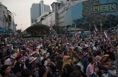 Cơ hội cho người bán hàng rong trong biểu tình Bangkok