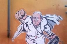 Giáo hoàng Francis I trở thành siêu nhân trong lòng dân chúng