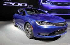 Mẫu Chrysler 200 đời 2015 không có phiên bản mui trần