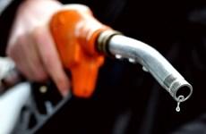 Căng thẳng Nga-Ukraine hạn chế mức giảm của giá dầu