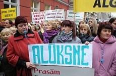 Hàng nghìn người Latvia tuần hành đòi tăng lương giáo dục