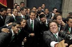Trận Mexico-Cameroon: Đã đến lúc thần may mắn phải lựa chọn