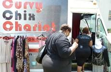 Ý tưởng độc đáo về xe bán quần áo lưu động tại Mỹ