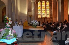 Trang trọng tổ chức tang lễ của họa sỹ Lê Bá Đảng tại Paris